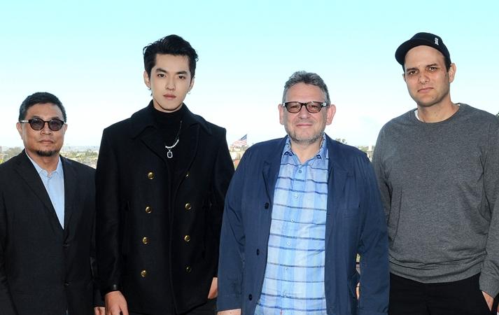 Kris Wu UMG signing. Credit- Sara de Boer - L-R Sunny Chang (Chairman & CEO Universal Music China) , Kris Wu, Sir Lucian Grainge (Chairman & CEO UMG), John Janick (President, Interscope Records)