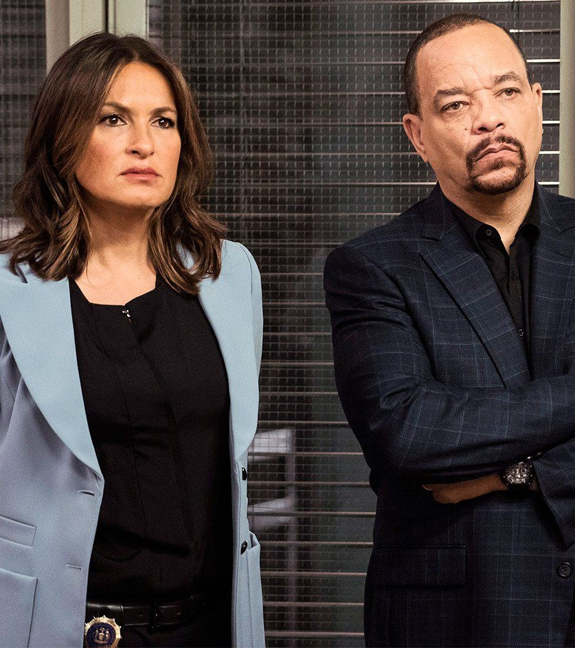 1542115008-mariska-hargitay-icet-law-and-order-svu