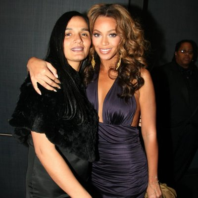 des and bey