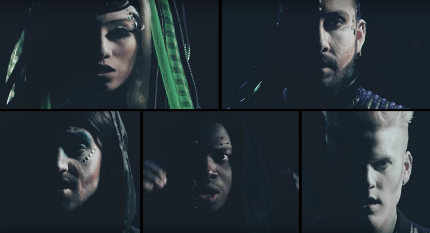 [OFFICIAL VIDEO] Love Again - Pentatonix