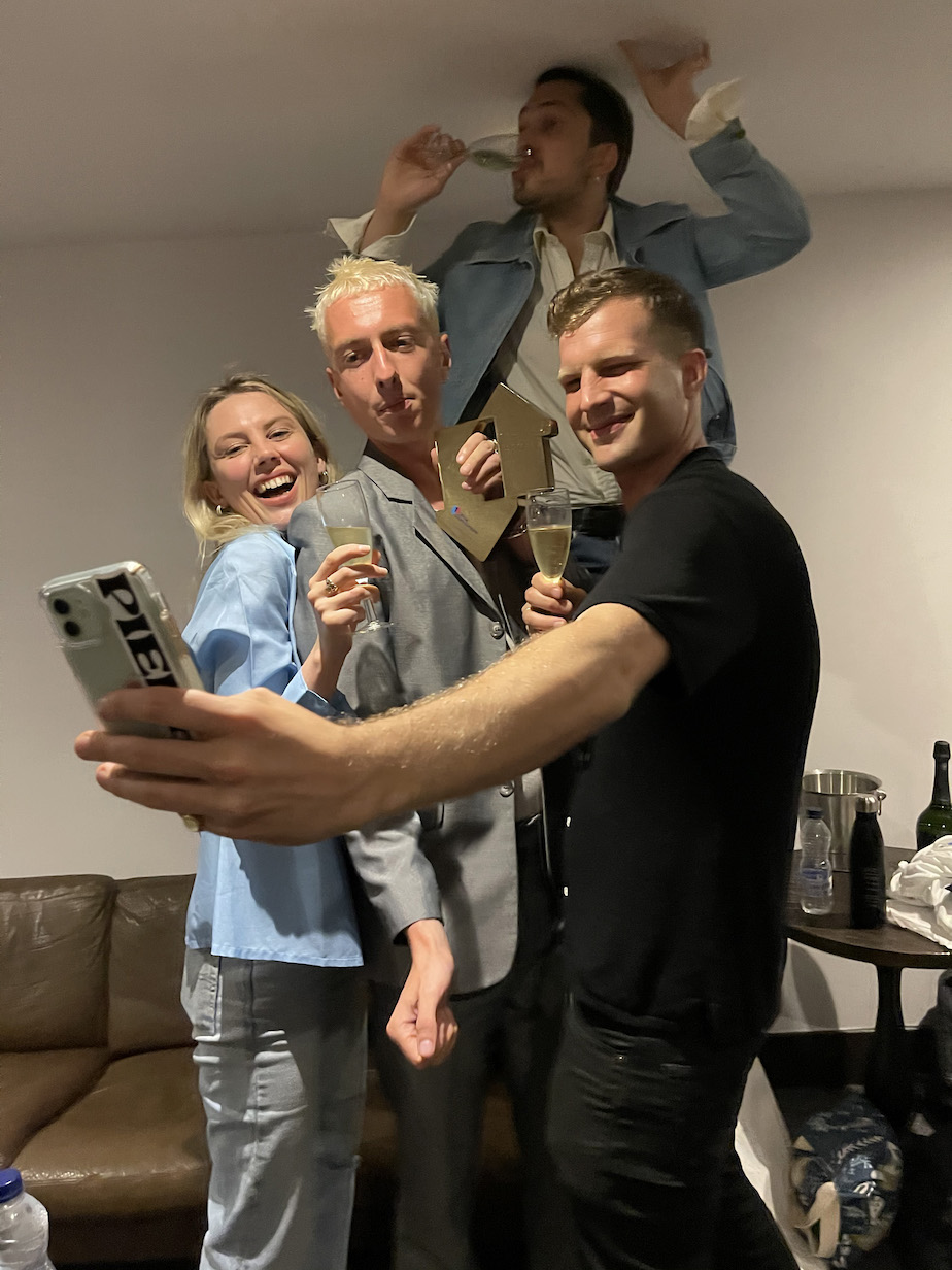 Wolf Alice Blue Weekend Number 1 Official Charts