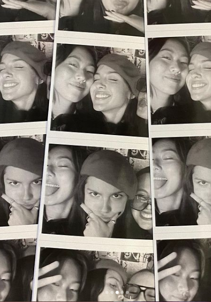Olivia photo booth with friends