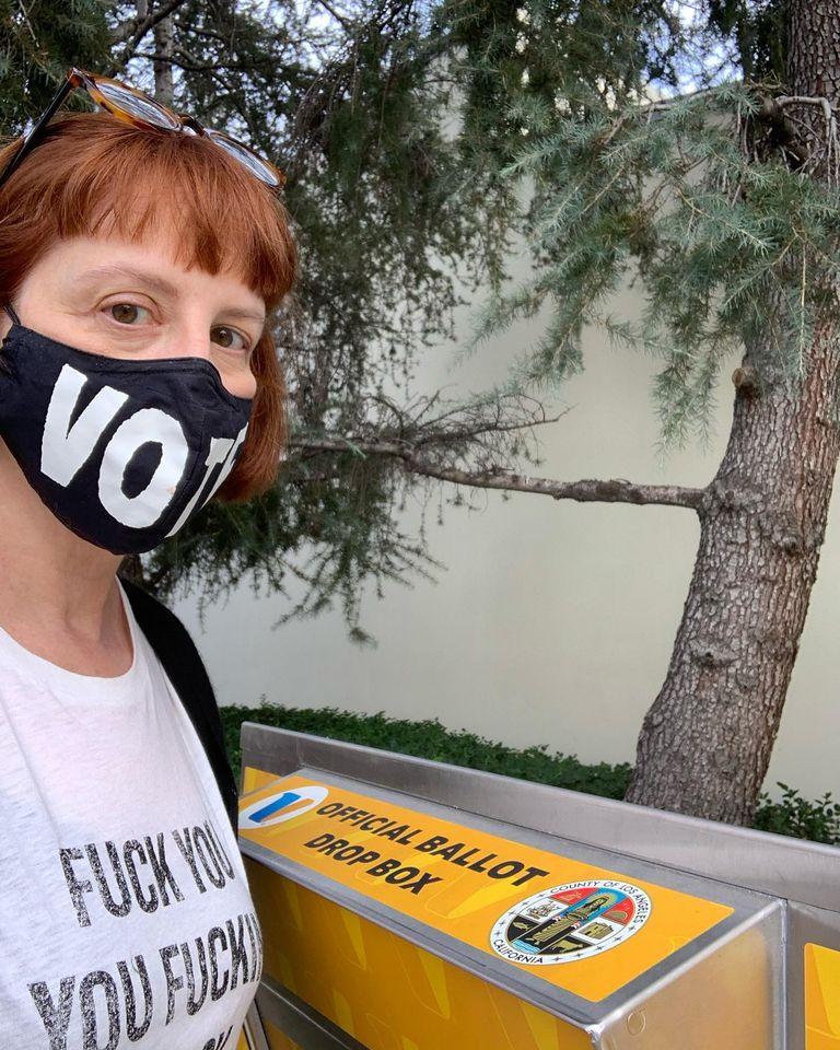 Karen Glauber voting 2020