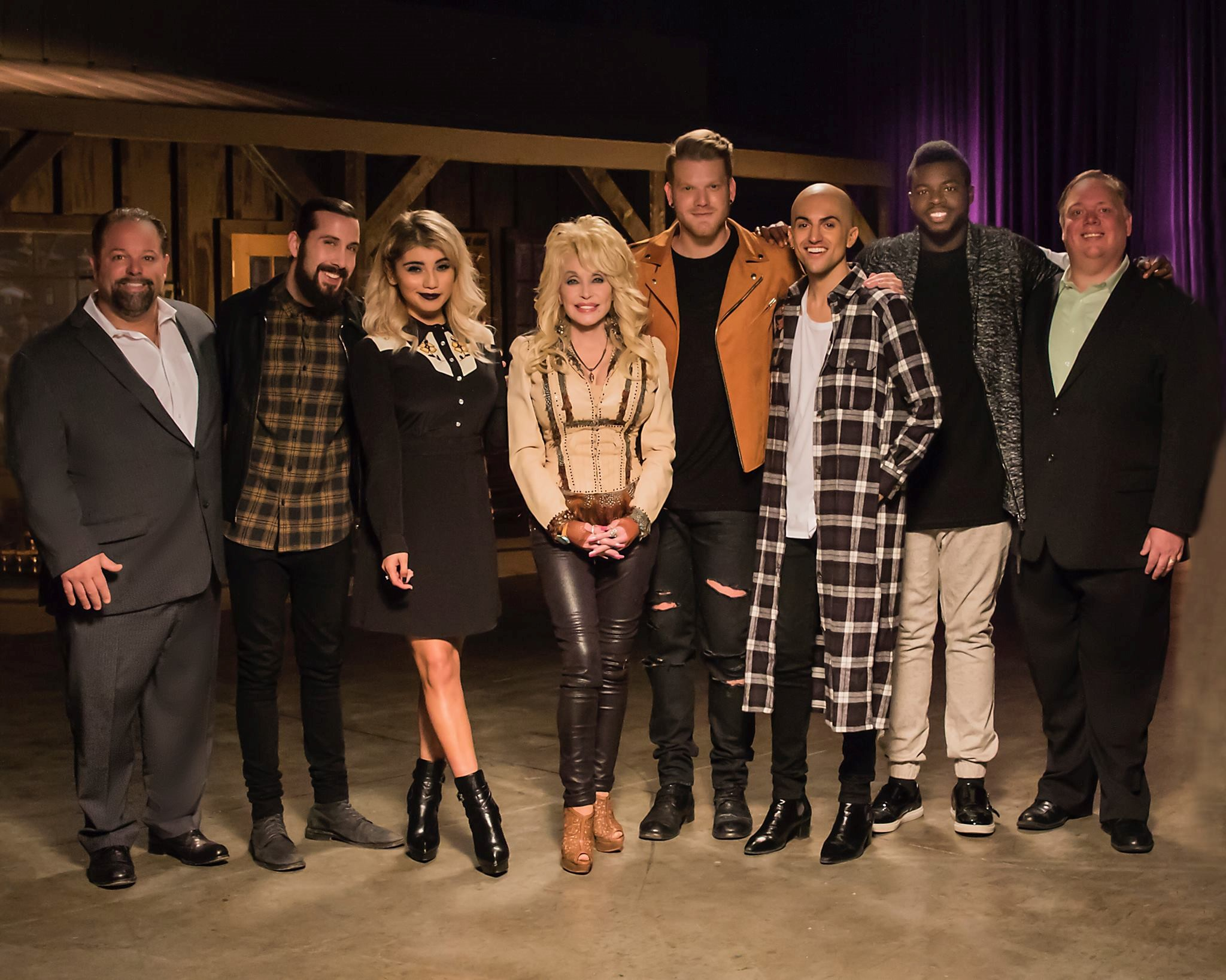 Pentatonix Christmas Special.Hits Daily Double Rumor Mill Dolly Joins Ptx Around The Tree