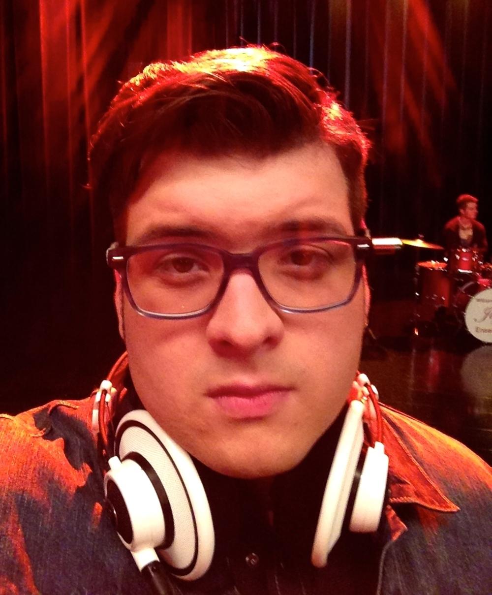 Noah Guthrie : Video - Full Cast Performance,